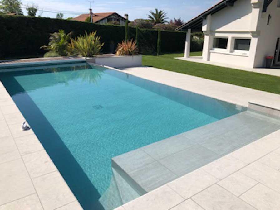 piscine-béton-construction