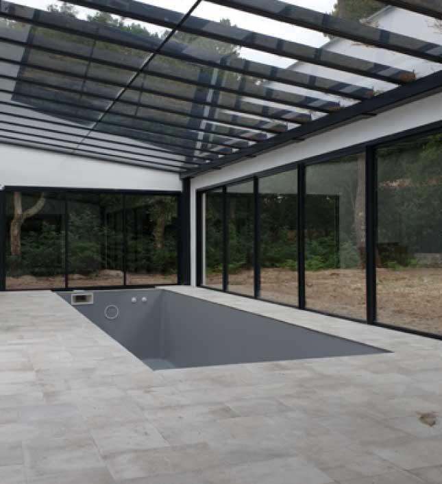 piscine-moderne-constructeur